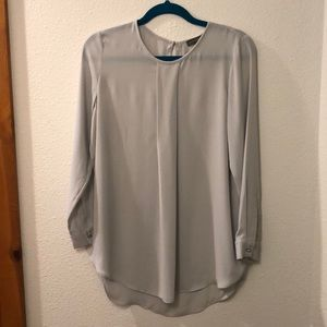 Vince Camuto light gray blouse